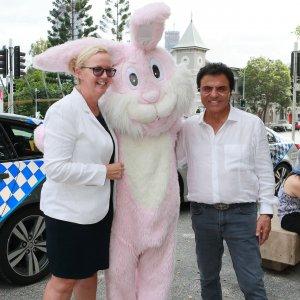 Stefans-Easter-Cheer-Indulge-Magazine-www.indulgemagazine.net