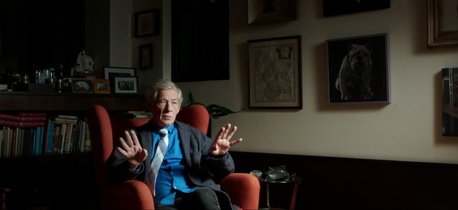 http://indulgemagazine.net/ - Indulge Magazine - Review McKellen Playing the Part/