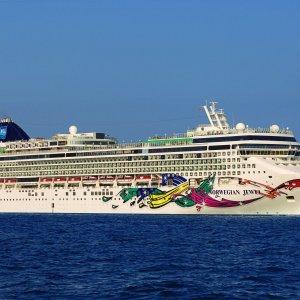Norwegian-cruise-line-indulge-magazine 2