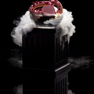 http://indulgemagazine.net/wp-content/uploads/2018/08/San-Churro-Ruby-Churros-Dessert-on-Pedestal.jpg